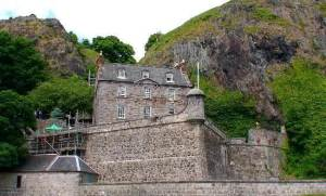 semestafakta-dumbarton-castle