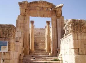 semestafakta-dionysos temple