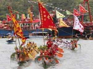 semestafakta-Tai O dragon boat water parade