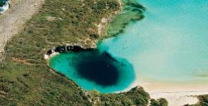 semestafakta-Blue Hole Dean