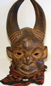 semestafakta-mask of people2