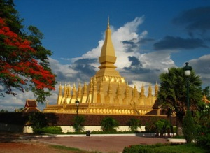 semestafakta-That Luang Shrine