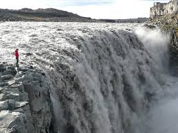 semestafakta-Drttifoss waterfall