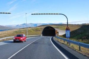 semestafakta-Hvalfjörður Tunnel