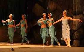 semestafakta-Ayni Opera & Ballet Theatre 2