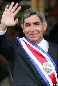 semestafakta-Óscar Arias Sánchez