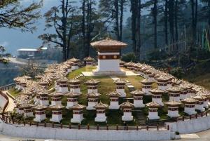 semestafakta-Bhutanese Stupas at Dochula Pass