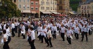 semestafakta-Dancing Procession of Echternach