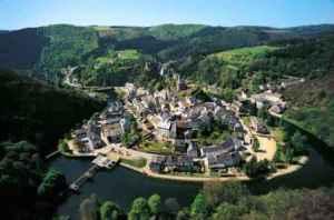 semestafakta-Esch-sur-sure castle