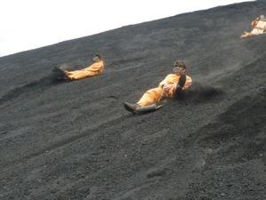 semestafakta-Volcano Boarding2