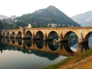 semestafakta-The Mehmed Paša Sokolović Bridge2