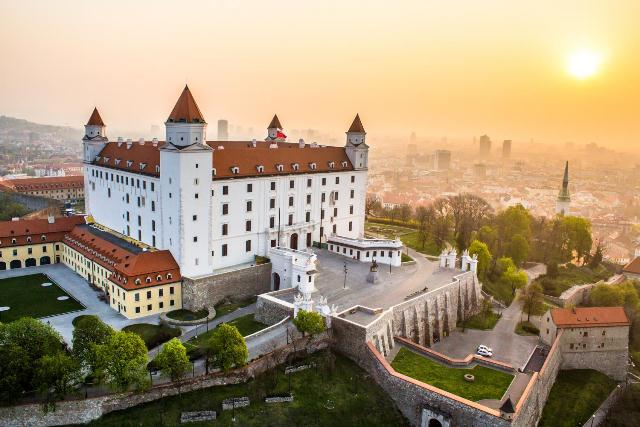 semestafakta-Bratislava
