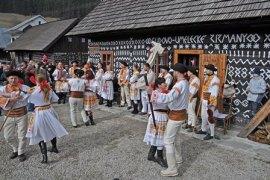 semestafakta- village of Čičmany